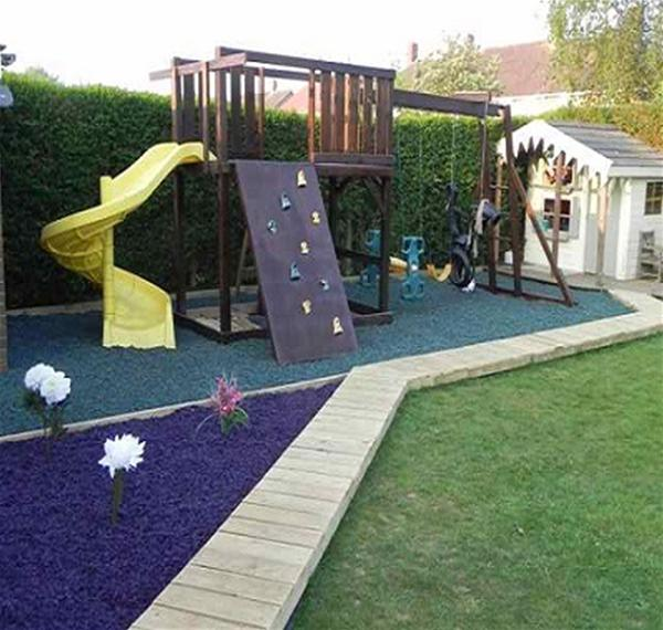Play Area Rubber Chippings Plum